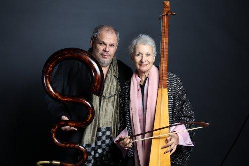 Michel Godard und Linda Bsiri
